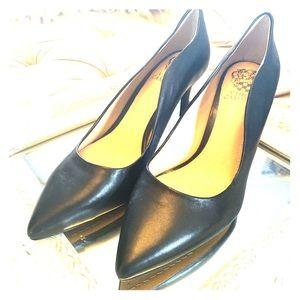 Vince Camuto Black NEW heels
